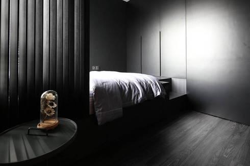 THOMSON THREE: scandinavian Bathroom by Eightytwo Pte Ltd
