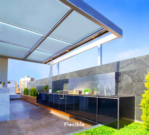 FLEXIBLE – Techo: Balcones, porches y terrazas de estilo moderno por Chetecortes