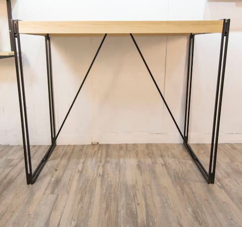 Double Bar Table Industrial Style: industrial Dining room by SPRUE Limited