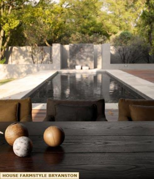 EXTERIOR DESIGNS AND POOL SIDE: colonial Pool by Kiara Tiara by Tanja Tomaz