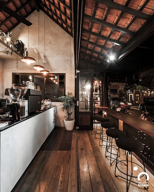 Ritual Coffee & Boutique Seminyak:  Ruang Makan by Studio Tropis