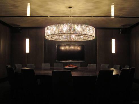Crystal Lighting:  餐廳 by ABOON custom lightings