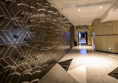 現代極簡風──正佳影城:  商業空間 by G.T. DESIGN 大楨室內裝修有限公司