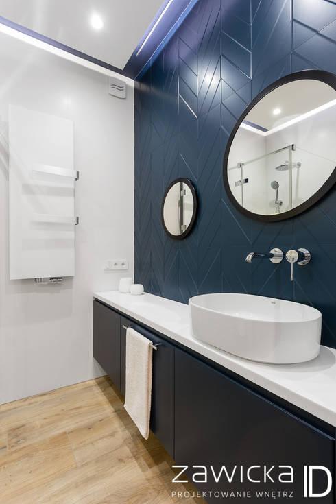 Casas de banho modernas por ZAWICKA-ID Projektowanie wnętrz
