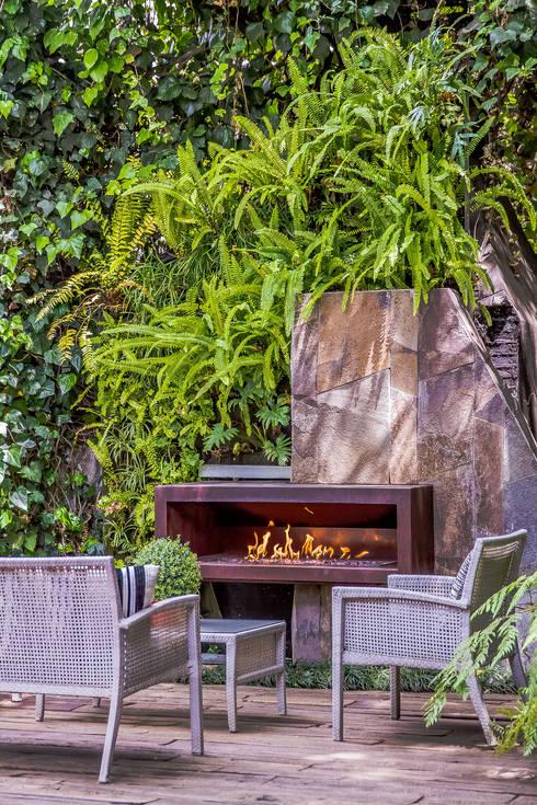 JARDÍN DE DURMIENTES: Jardines de estilo moderno por HDA: ARQUITECTURA BIOCLIMATICA
