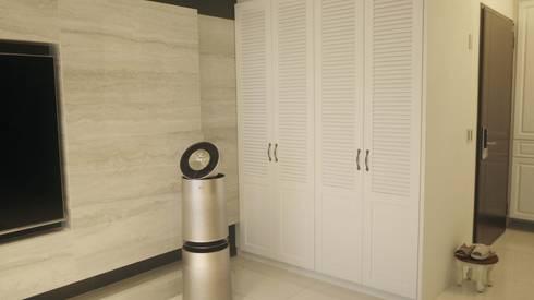 客廳收納櫃:  客廳 by Gavin室內裝修設計