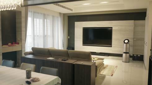 客廳總覽:  客廳 by Gavin室內裝修設計