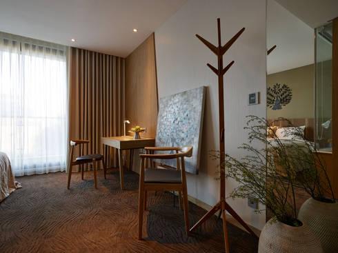 森之旅店:  飯店 by 沐光植境設計事業