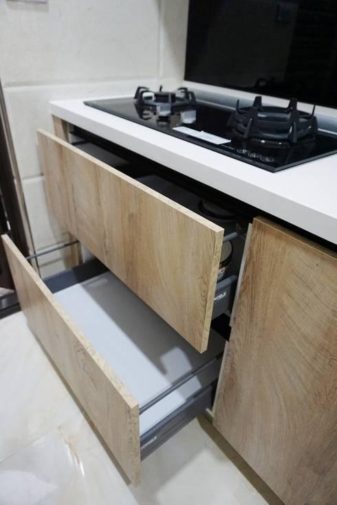 廚房規劃 |廚具設備 |KITCHEN:  系統廚具 by DOMO德盟櫥櫃設計-台中旗艦店