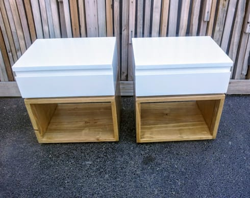 Custom Cube Side Tables:  Bedroom by Eco Furniture Design