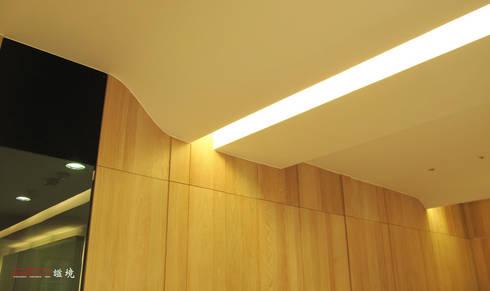 【居家設計】聚合發經典謝邸--細節成就品味:  臥室 by 謐境空間策略事務所 - Dimension Scenario Work