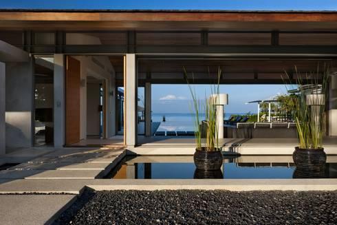 Sava Sai— Phuket, Thailand: modern Garden by Original Vision