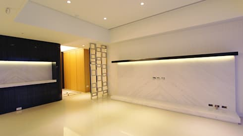 Project-3008: modern Living room by YU SPACE DESIGN