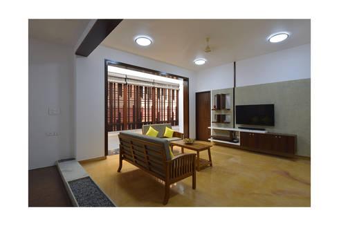 modern Living room by Ineidos