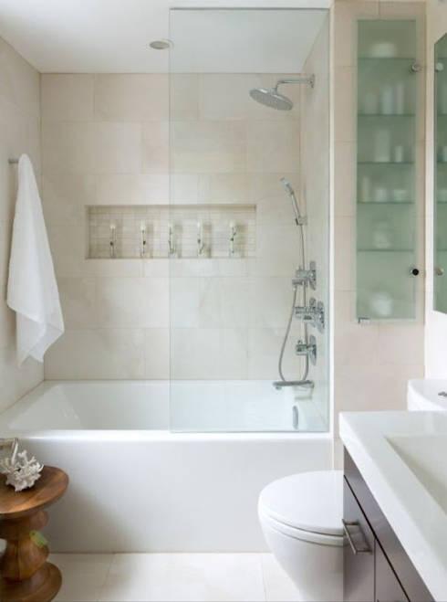Nhà Ống 2 Tầng Thiết Kế Giản Dị Diện Tích 88m2:  Phòng tắm by Công ty TNHH Thiết Kế Xây Dựng Song Phát