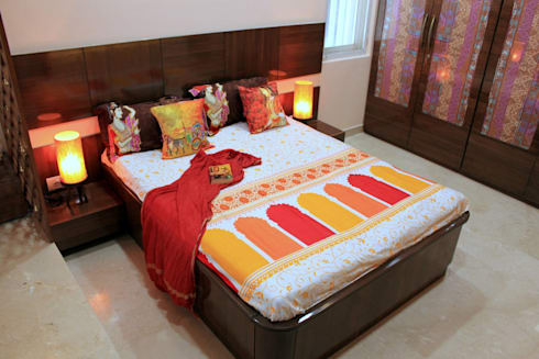Residential Interior Projects: modern Bedroom by deZinebox