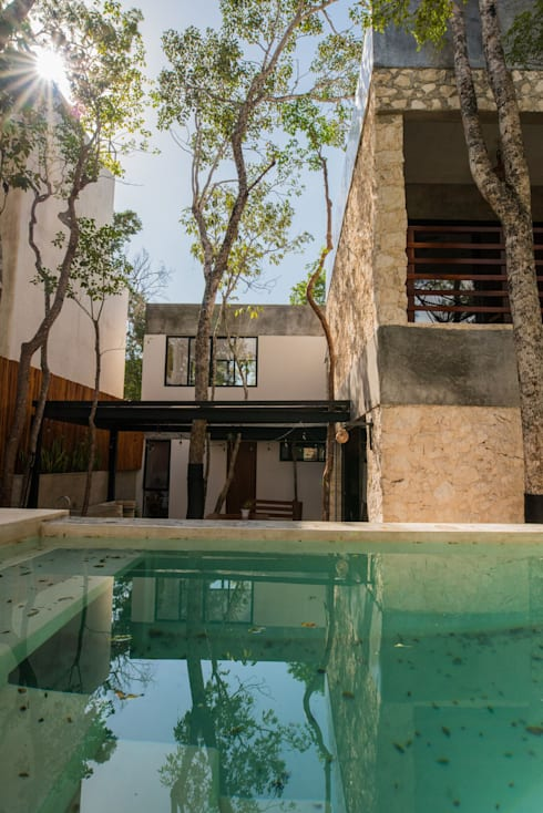 Villa Cherie: Casas de estilo rústico por CO-TA ARQUITECTURA
