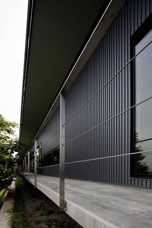 BORDER: 株式会社 ATELIER O2が手掛けた家です。
