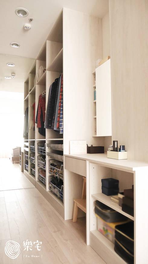 .:  更衣室 by 樂宅設計|系統傢俱