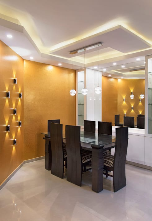 DLF Westend Heights - A1124:  Dining room by Pebblewood.in