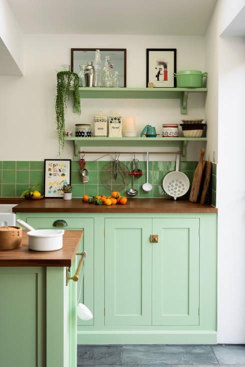 The Khoollect Kitchen by deVOL:  Kitchen units by deVOL Kitchens
