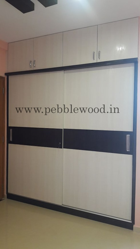 Nandi Citadel—E303: modern Bedroom by Pebblewood.in
