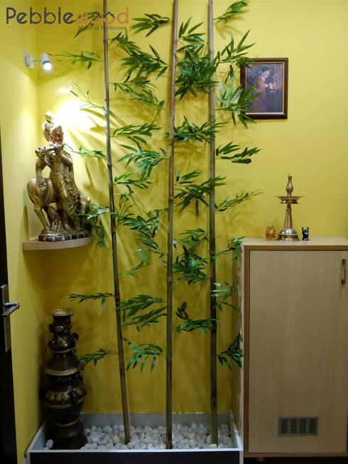Purva Seasons 270 - Bangalore: modern Living room by Pebblewood.in