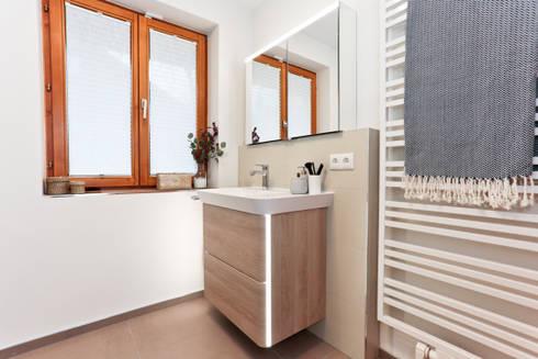 Banheiros Modernos Por Banovo GmbH