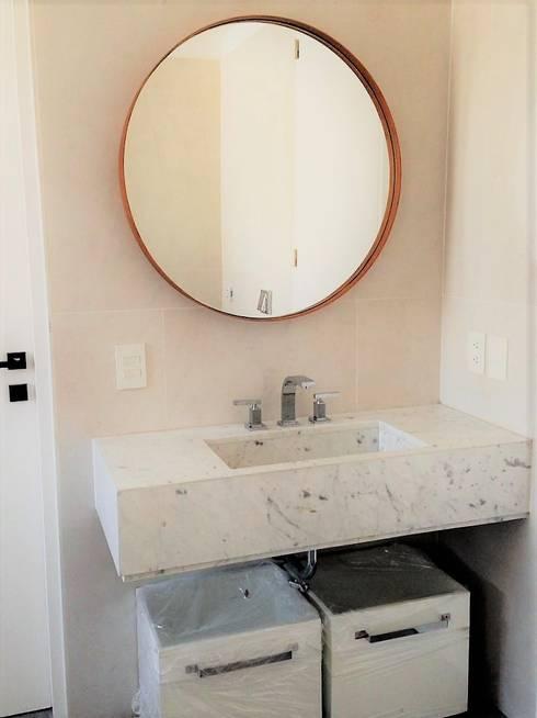 Espejo Lisbet 80 cm: Baños de estilo minimalista por Barragan Carpinteria
