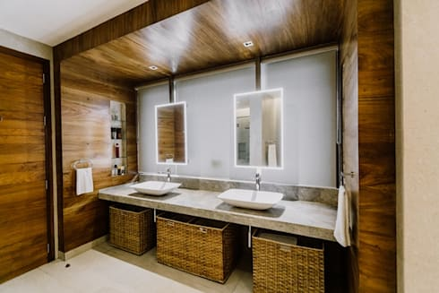 RT House: modern Bathroom by Living Innovations Design Unlimited, Inc.