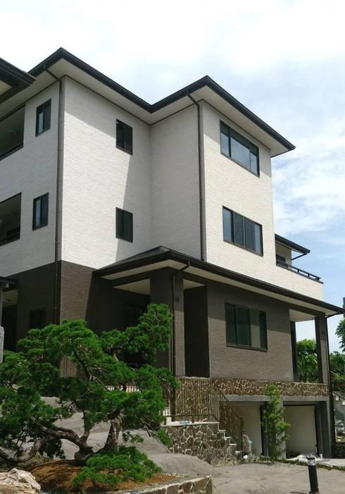 鋼構雙拼住宅:  房子 by 台日國際住宅股份有限公司