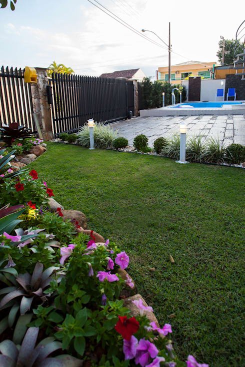 Paisagismo e área de lazer: Jardins rústicos por Janete Krueger Arquitetura e Design