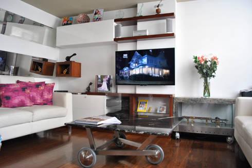 apartamento Rivera: Hogar de estilo  por in Design & Craft