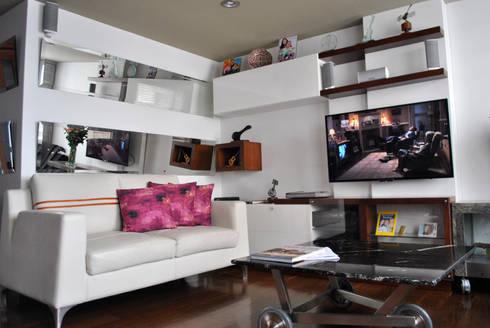 apartamento Rivera: Sala multimedia de estilo  por in Design & Craft