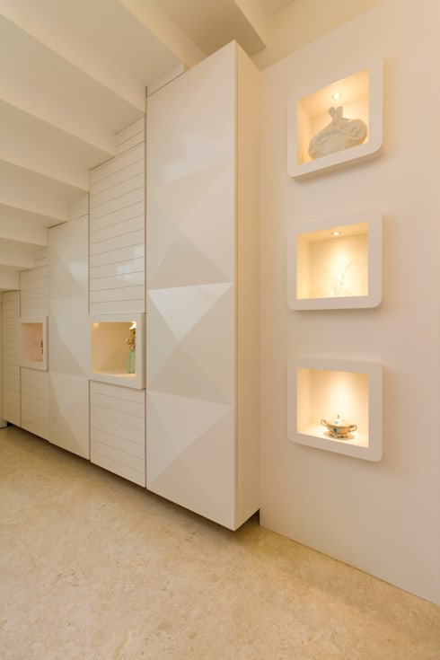 Storage with display :  Stairs by NVT Quality Build solution