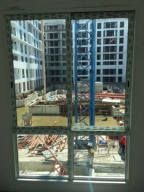 หน้าต่างแบบสลิม:  โรงแรม by ฺBB Wall