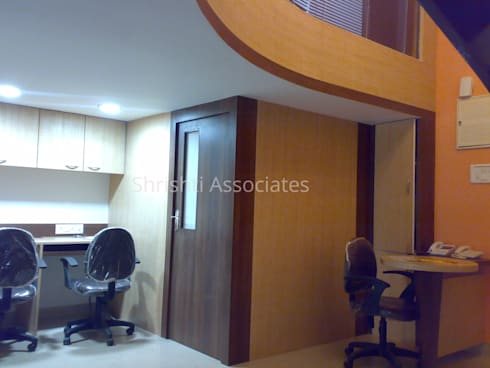 Office Staff Area: modern Study/office by Shrishti Associates