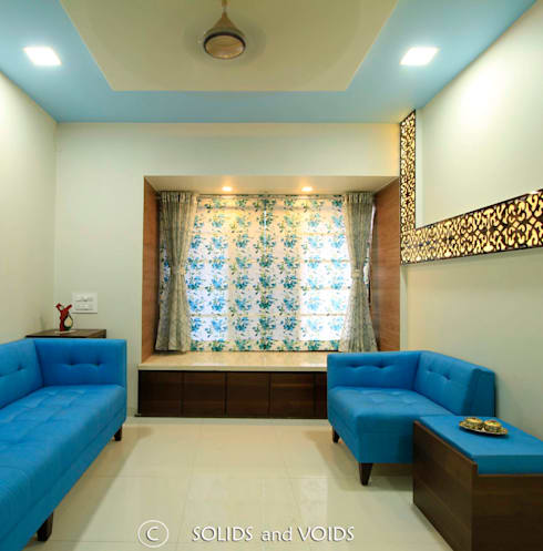 3BHK Apartment: asian Living room by solids and voids