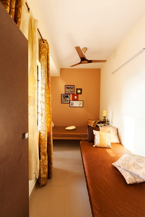 Mr.Ishaan's Residence,Sholinganallur:  Bedroom by M/s Studio7 Architects