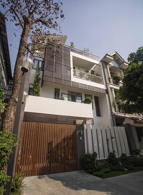 Mặt tiền ngôi nhà đẹp, độc đáo, mới lạ:  Nhà gia đình by Công ty TNHH Xây Dựng TM – DV Song Phát