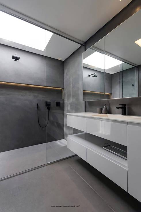 Casa cuatro : Baños de estilo minimalista por Diego Jobell Arquitectos