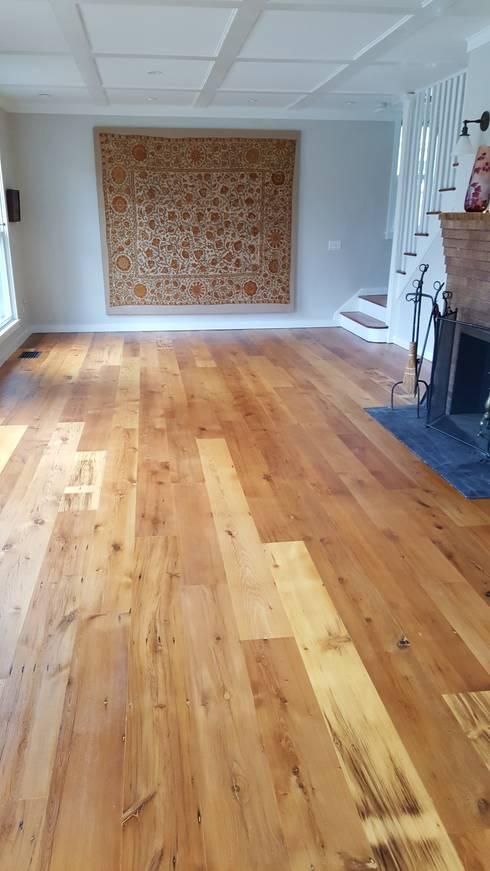 rustic Living room by Shine Star Flooring