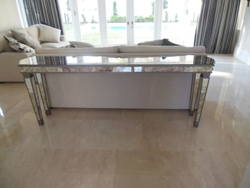 Mirrored back-of-sofa display table: eclectic Living room by MELLOWOOD Furniture