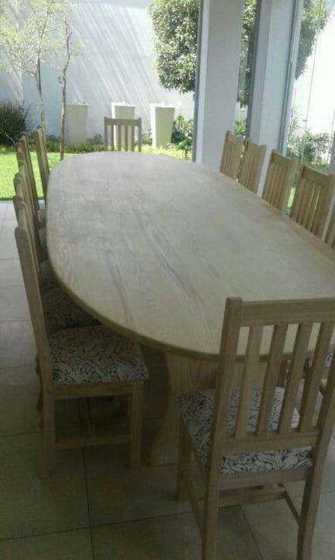 Solid ash oval patio/dining room suite: classic Dining room by MELLOWOOD Furniture