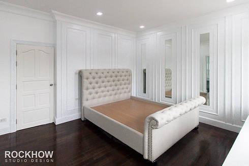 งานออกแบบตกแต่งบ้านเดียว 2ชั้น:  ตกแต่งภายใน by Rockhow Studio Design