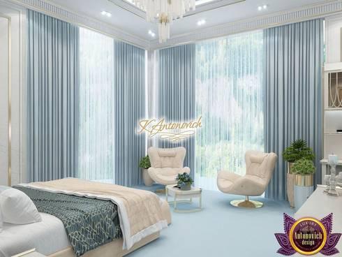 Amazing interior design by Katrina Antonovich: modern Bedroom by Luxury Antonovich Design