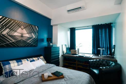 Bedroom - 1: rustic Bedroom by Statera Design
