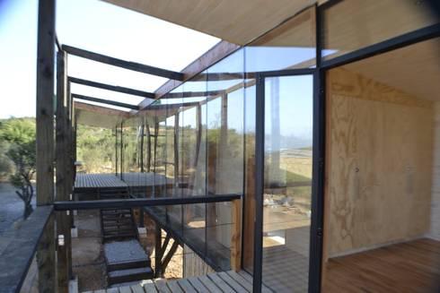 Terraza hacia casa: Casas de estilo moderno por PhilippeGameArquitectos