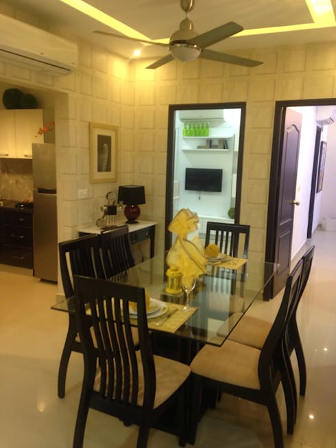 residential interiors:  Corridor & hallway by SDINC