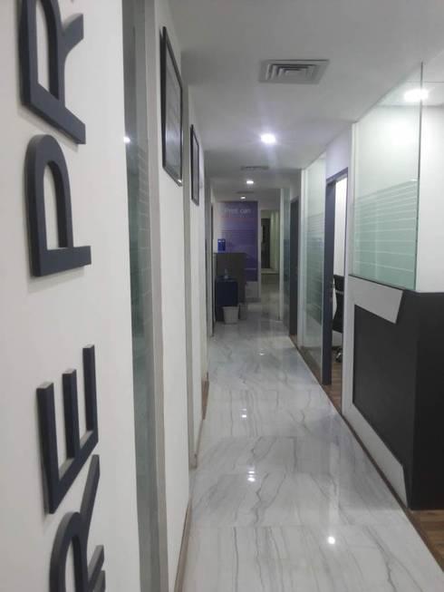 Corporate Interiors Okhla New Delhi:  Office buildings by SDINC
